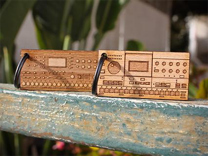 photo: Cremacaffè Design Elektron Keychain
