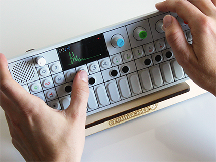 OP-Bunny | TE OP-1 synth stand