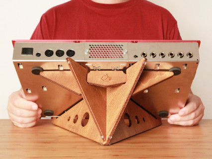 SPIKE XL tabletop synth stand by Cremacaffè Design