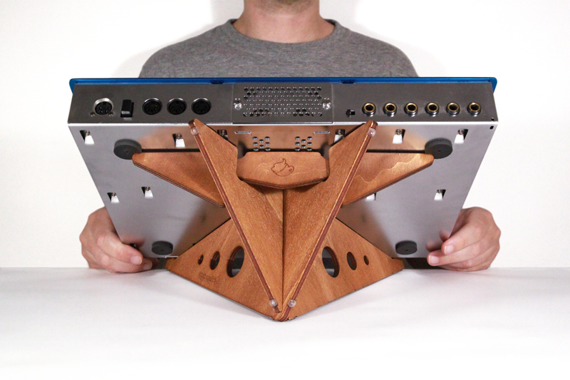image: SPIKE XL synth stand